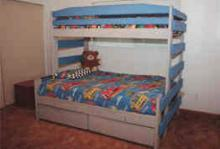 Mark Twain Twin/Full Bunk Bed